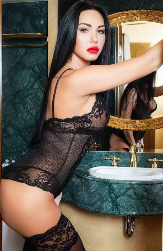 Carmen Escort Models