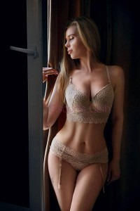 escortsclub-escort-thessaloniki-liza1